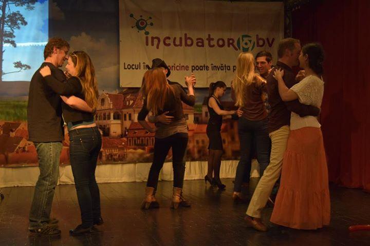 incubator_nocturna_cu_palarie